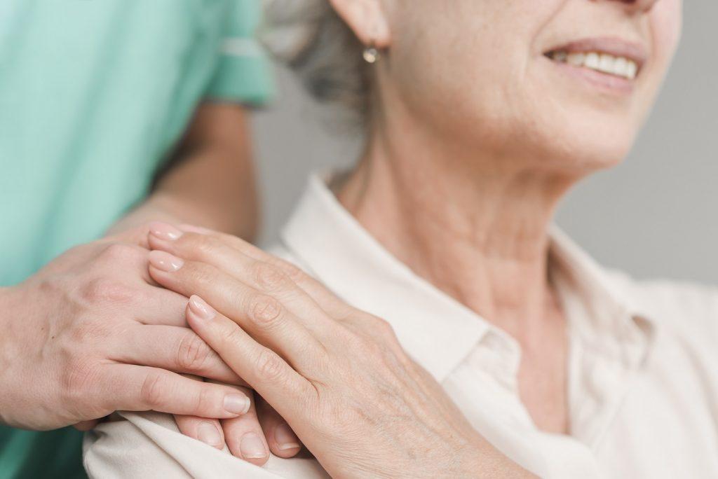 prendre soin de nos seniors